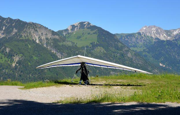 hang-glider-1480415_1920