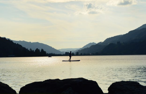 stand-paddle-451381_1920